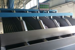 Sorting conveyor belts